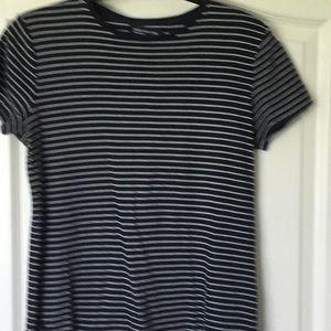 Misses/ladies short sleeve top